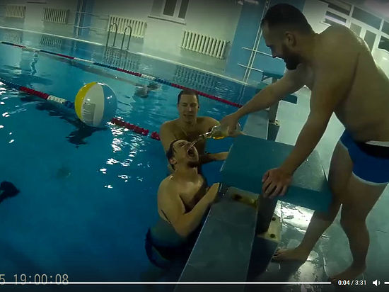 ВоВладимире ученический бассейн арендовали для алкогольной вечеринки