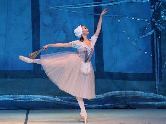 Классический балет на пуантах для взрослых  школа балета